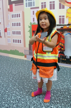 Anya the Builder