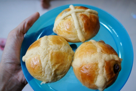 hot cross buns baked by Juan