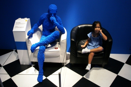 blue girl with a blue man