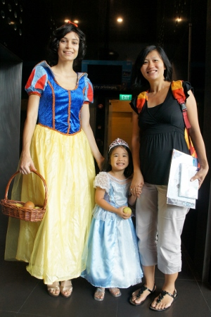 with Snow White (excuse my fat face)