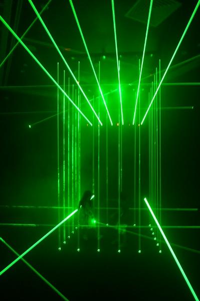 climbing over laser beams