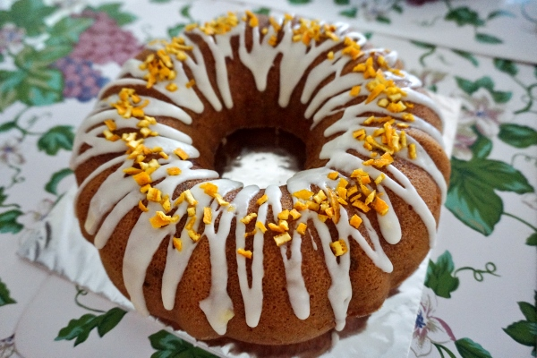 yummy kumquat bundt cake made by Debs