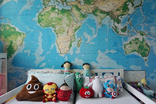 map wallpaper and so many toys